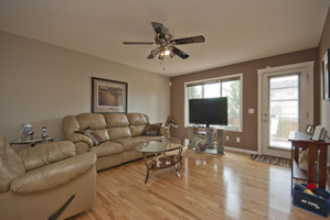 010a Living Room