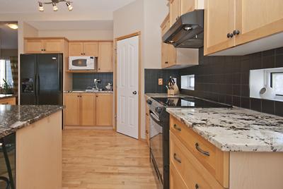 022 Kitchen